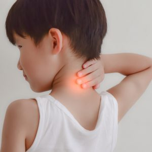 5 CAUSES OF NECK PAIN ARE OFTEN OCCURRING ON CHILDREN