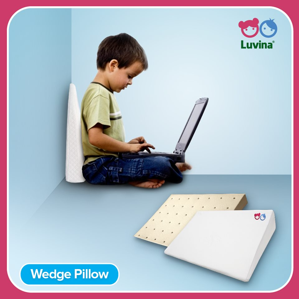 LUVINA WEDGE PILLOW MENCEGAH TERSEDAKNYA BAYI SAAT ATAU SETELAH MENYUSU LATEX ALAMI BUKAN BABYBEE BUKAN DOOGLEE LUVINA HEALTHY LATEX PILLOW BANTAL LAT